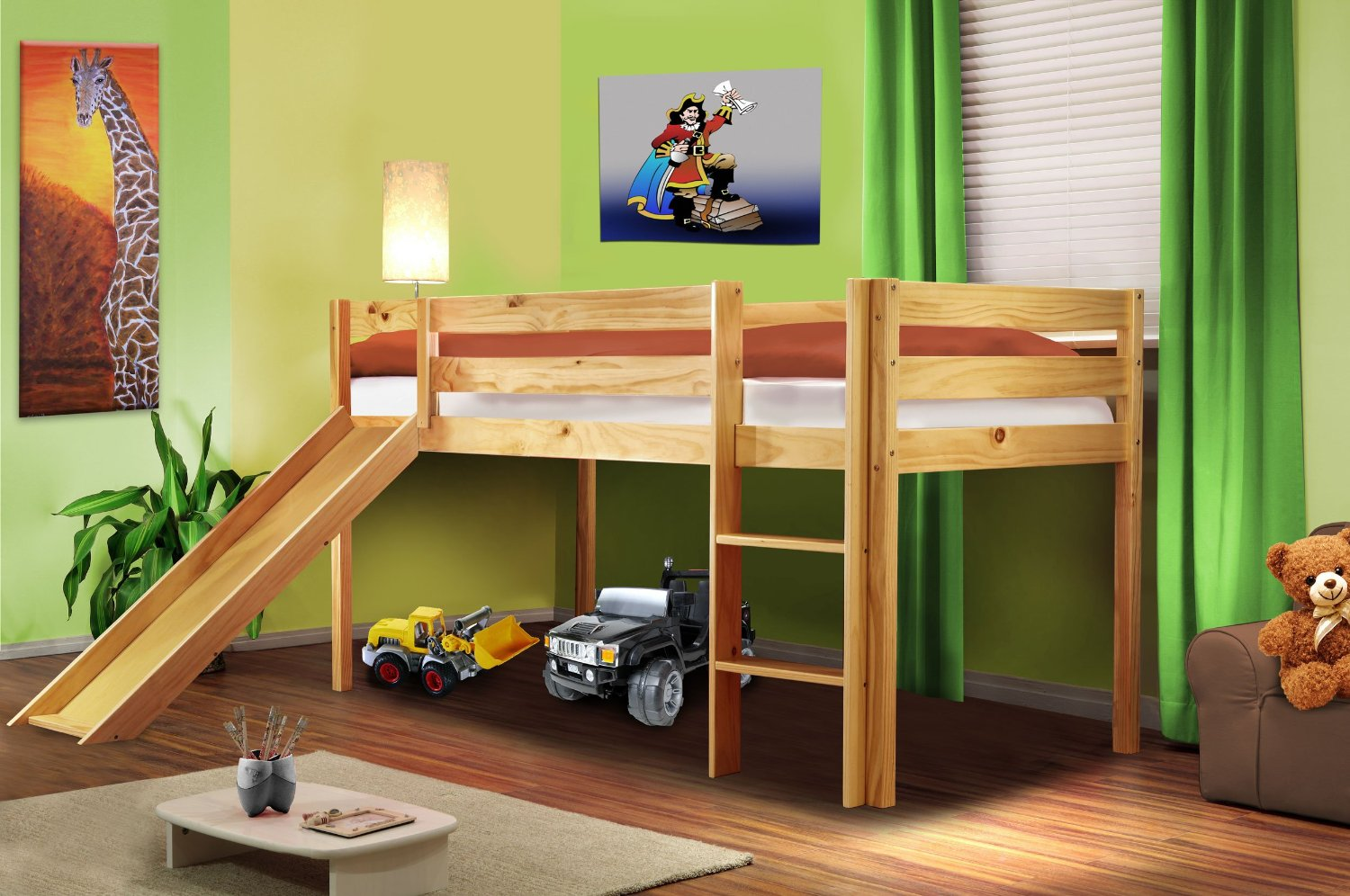 ein bett mit rutsche sorgt f r mehr spa im kinderzimmer. Black Bedroom Furniture Sets. Home Design Ideas