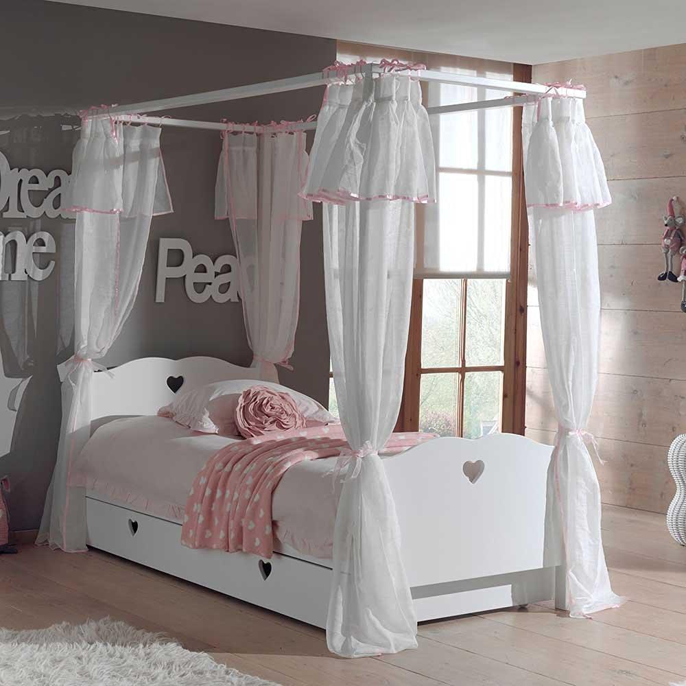 traumhafte himmelbetten und andere m rchenhafte betten f r m dchen. Black Bedroom Furniture Sets. Home Design Ideas
